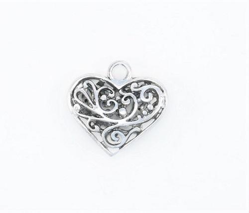 Pendentif coeur en métal 30 x 30mm