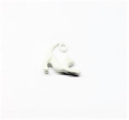 Pendentif chat blanc en métal 17 x 15mm